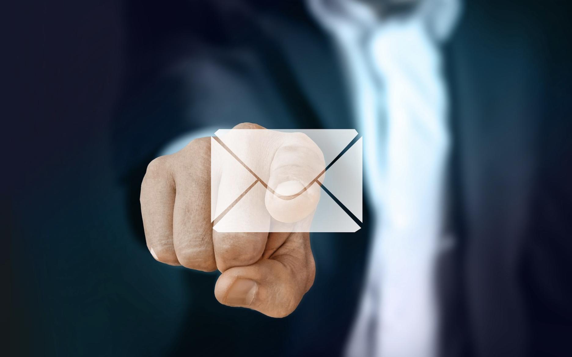メール返信の基本マナー