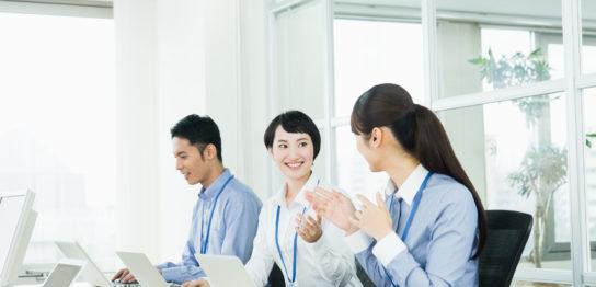 新卒で派遣社員になるのってどうなの?メリット・デメリットを徹底解説
